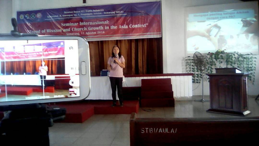 "Presentasi ""Mission in the Digital Era"" dalam Seminar Misi Internasional STBI Semarang"