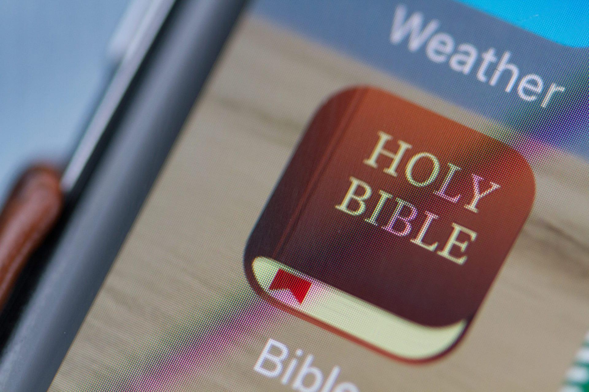Ketika Alkitab Menjadi Instagram